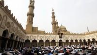 Al Monitor: Mısır cami dışında namazı yasaklıyor…