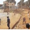 Gine'de seçim takvimini protesto eden muhalefet sokağa döküldü, protestolar sırasında çıkan çatışmalarda bir kişi öldü.