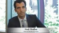 İranlı profesör Dr.Hadi Shafiee, cep telefonu ile AIDS teşhisi koyuyor.