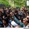Tahran'da çok sayıda öğrenci ve öğretmen Suud rejimini protesto etti