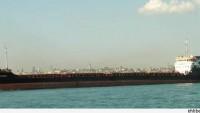 Arap Savaş Gemileri, 50 Bin Ton Buğdayla Yüklü Olan Geminin Yemen Limanına Yanaşmasına Engel Oldu