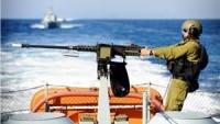 Korsan İsrail Donanması Gazze Açıklarında Filistinli Üç Balıkçıyı Yaraladı