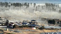 Papua Yeni Gine'deki depremin merkez üssü yakınlarında küçük tsunami meydana geldi