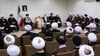 İslam İnkılabı Rehberi: Avrupalılar'ın vaatleri boştur