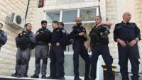 Siyonist İsrail Güçleri Kudüs'teki El-Muttalı' Hastanesi'ne Baskın Düzenledi