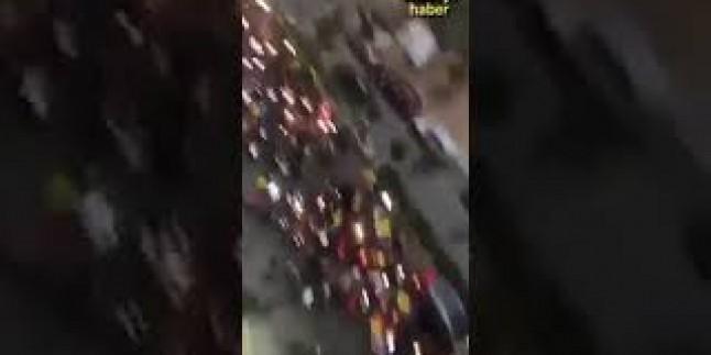 Seyyid Hasan Nasrallah'ın konuşması sonrası Lübnanlıların bağlılık gösterisi