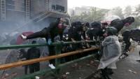 Hong Kong'da protestolar devam ediyor: Yakın tarihin en büyük siyasi krizi!