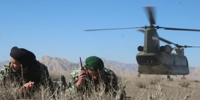 """İran İslam Cumhuriyeti Ordusu, Ülkenin Kuzeybatısında """"Zülfikar-i Velayet"""" Adlı Askeri Tatbikat Başlattı"""