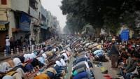 Hindistan'daki gösterilerde polis ile protestocular çatıştı: 25 ölü
