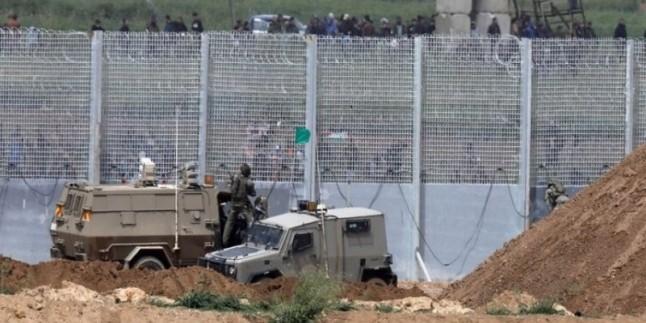 Gazze'de 3 Filistin'li şehit edildi