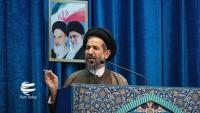 Tahran cuma hatibi: Devrim Muhafızları ABD'nin bölgedeki itibarını paramparça etti