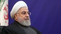 Ruhani: Karşı taraf vaatlerine bağlı kalırsa İran da taahhütlerine dönecektir