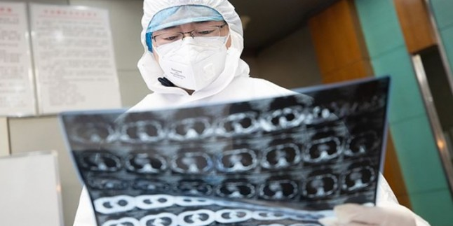 Koronavirüs Salgını Nedeniyle Ölümler 1500'ü Geçti