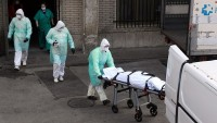 İtalya'da koronadan ölenlerin sayısı 13 bin 915'e yükseldi