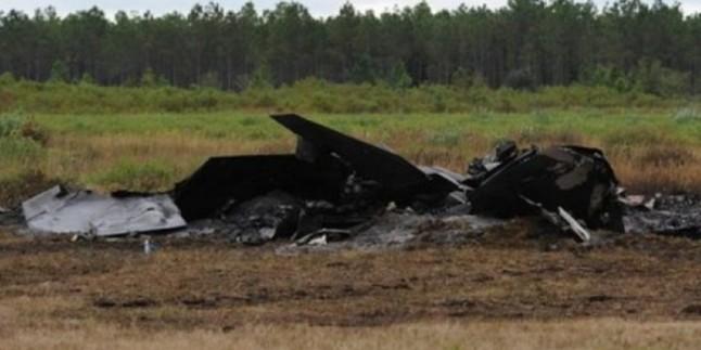 ABD Hava Kuvvetlerine ait bir F-22 Raptor savaş uçağı Florida'da düştü