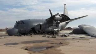 Iraklı Direnişçiler Büyük Şeytan ABD Ordusuna Ait C-130 Tipi Askeri Nakliye Helikopterini Düşürdü: 15 Ölü, 12 Yaralı