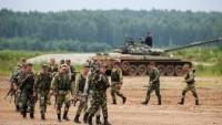 Putin'den sınırda 150 bin askerle tatbikat emri