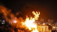 Irkçı İsrail savaş uçakları Gazze Şeridi'ni bombaladılar