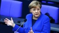Merkel, ABD askerlerinin Almanya'dan çekilmesine karşı çıktı