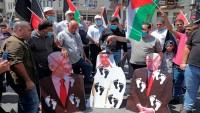 Beyaz saray önünde normalleşme anlaşması protesto ediliyor