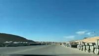 Amerika ordusu, Aynel Esed üssüne beton bariyerler taşıdı
