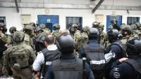 Filistinli esirler İsrail baskılarını protesto etmek için yemekleri geri çevirdi