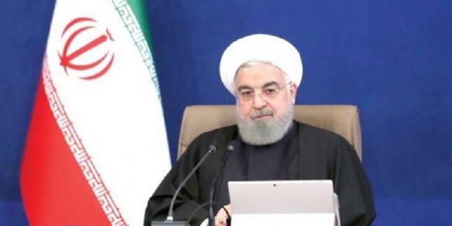 Ruhani: İran'ı yıkmak isteyenler zilletle devrildiler