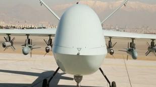 """İran yapımı """"Kaman-22"""" adlı İHA tanıtıldı"""