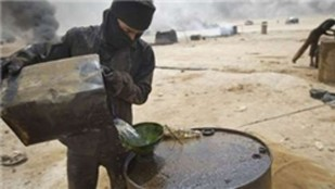 SDG ve Amerikan askerleri, Suriye'nin petrolünü çalıyor
