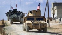 Amerikan askerlerince onlarca IŞİD üyesi, Suriye'nin en büyük petrol sahasına getirildi