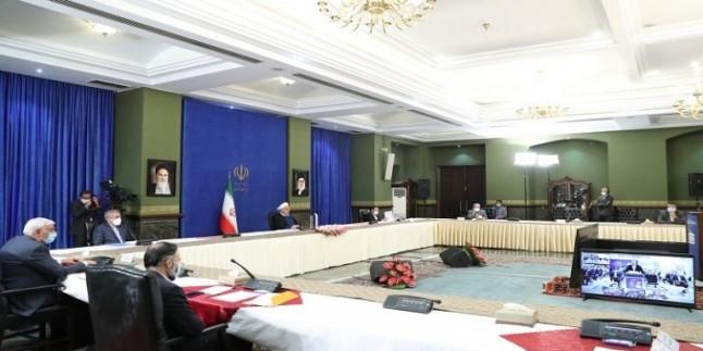 Ruhani: Düşman İran'ın gelirlerini yanlış hesapladı