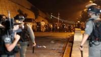 Son Dakika: İsrail askerleri Mescid'i Aksa çevresinde namaz kılan cemaate saldırdı: 57 yaralı