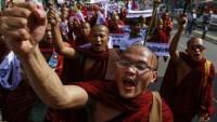 Myanmar'da aşırı sağcı Budistler gösteri düzenledi