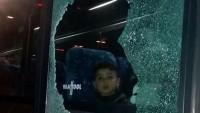 Siyonist Yerleşimciler Çocukları Taşıyan Otobüse Taşlarla Saldırdı