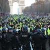 Kanada'da 'sarı yelek' giyen protestocular eylem düzenledi