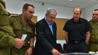 Netanyahu ve komutanları Güney Lübnan sınırında denetimde bulundu