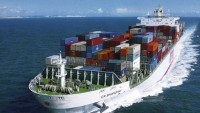 İran'ın ilk kargo gemisi G.Kore'nin Masan limanında