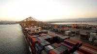Türkiyeli iki gemi Lübnan sahilinde kuşatıldı