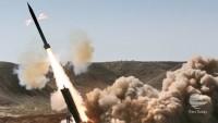 Yemen'in Hizbulahi Savaşçıları Suud Rejimi Askeri Karargahına Füze Saldırısı Gerçekleştirdi