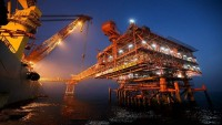 İran, Avrupa'ya 1 milyon varil gaz kondensatı ihraç etti