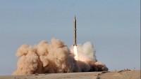 Yemen'de Suudi işbirlikçilerine Zelzal 2 füzesi atıldı