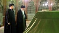 İslam İnkılabı Rehberi, Şafak'ta on gün merasimleri dolayısıyla İmam Humeyni (ra) Türbesi'ni ziyaret etti