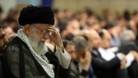 İmam Seyyid Ali Hamanei'nin huzurunda Hz. Ali -as- için matem merasimi