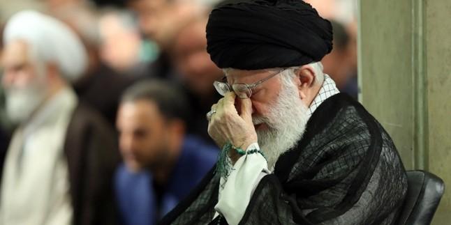 İmam Seyyid Ali Hamenei'nin huzurlarında Hz. Ali -as- için matem merasimi düzenlendi