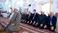 Beşar Esad'ın katılımıyla Şam'da bayram namazı kılındı
