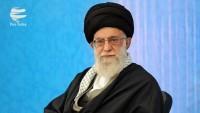 İran'da ülke dışı kültür aktivistleri Dünya Mustazafları Rehberiyle görüştüler