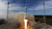 Rusya Avrupa'nın 4 uydusunu uzaya fırlattı