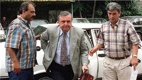 Eski savunma bakanı Vuralhan öldürüldü