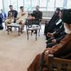 İki şehit ailesi İslam inkılabı rehberi ile görüştü