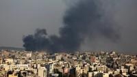 Siyonist rejim helikopterleri Gazze'yi bombaladı
